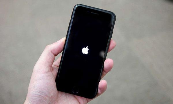 iphone xs lỗi ổ cứng