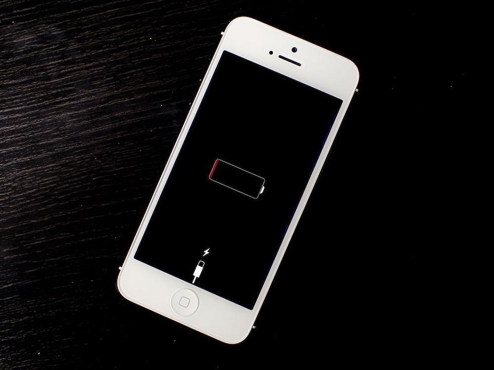 iphone 6 plus lien tuc bi sap nguon Mẹo hữu ích khắc phục iPhone 6 plus bị tắt nguồn liên tục